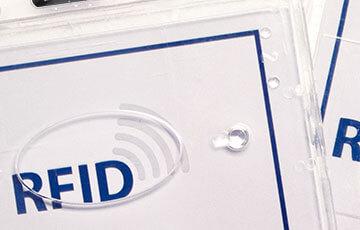 RFID-Ausweishülle von Mada